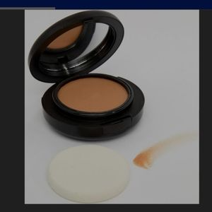 Authentic MAC COSMETIC Tech Foundation